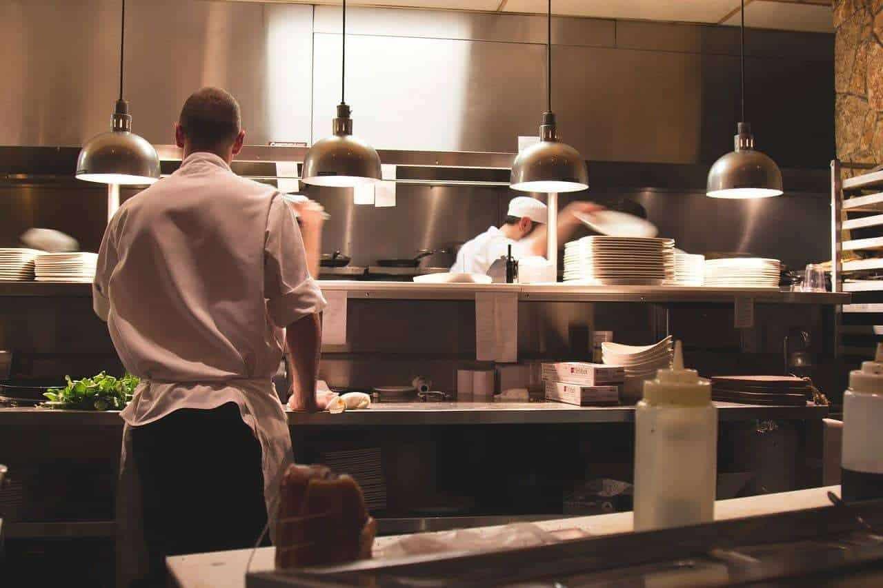 restaurant, kitchen, chefs-2623071.jpg